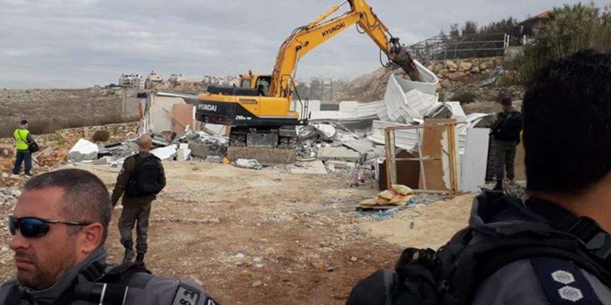 el-Halil kentinde Filistinlilere ait evler yıkılıyor