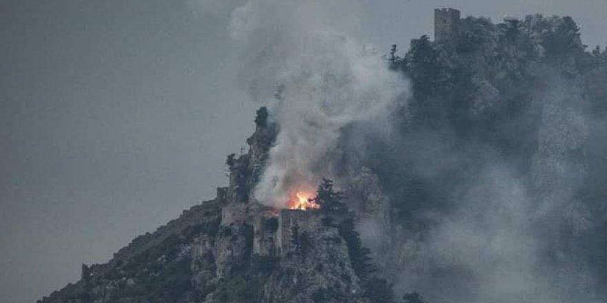 KKTC'deki St. Hilarion Kalesi'nde yangın