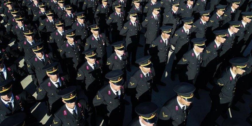 Jandarma Genel Komutanlığına 550 muvazzaf ve sözleşmeli subay alınacak