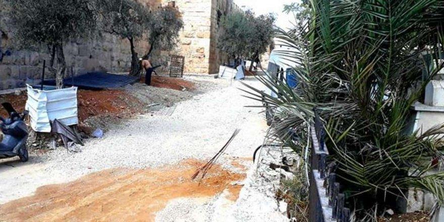Siyonist işgal rejimi Müslümanlara ait mezarlığa zarar veriyor