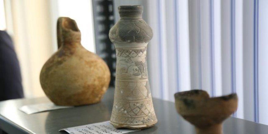 Sivas'ta 'Kale Projesi' kazılarında 42 bin parça tarihi eser gün yüzüne çıkarıldı