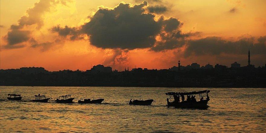 Gazze Şeridi açıklarına füze düştü: 3 balıkçı hayatını kaybetti