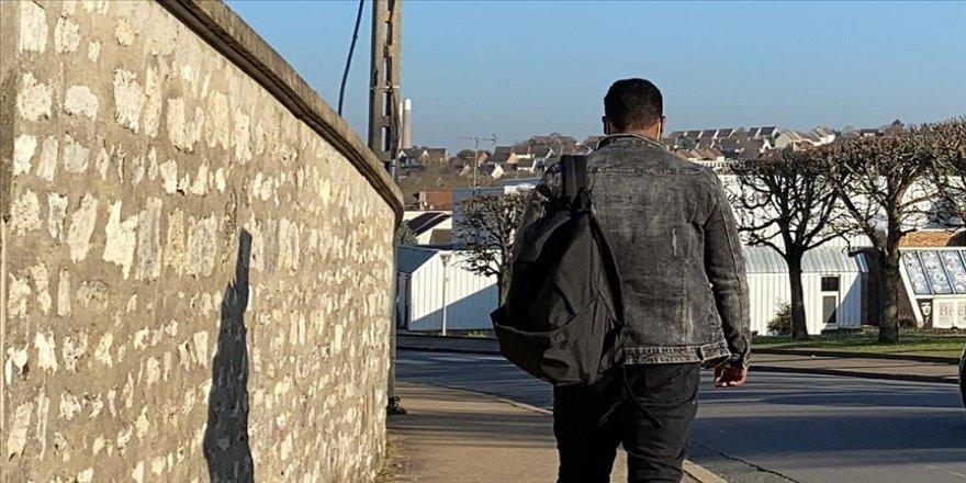 Somalili Muhammed, çatışmalardan kaçarak sığındığı Fransa'da sokağa terk edildi