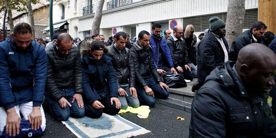 Fransa'da 2017'de kılınan bir namaz 2021'de suç oldu