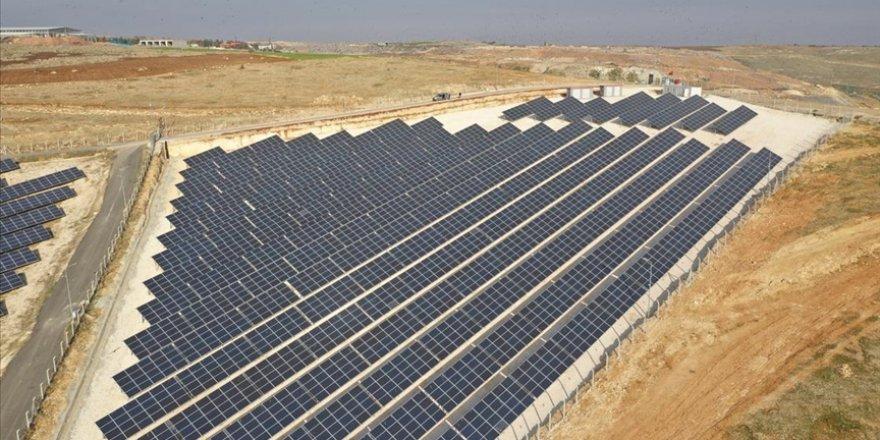 Türkiye'de elektrik iletimine beş yılda 19 bin 329 megavat kapasite bağlanabilir