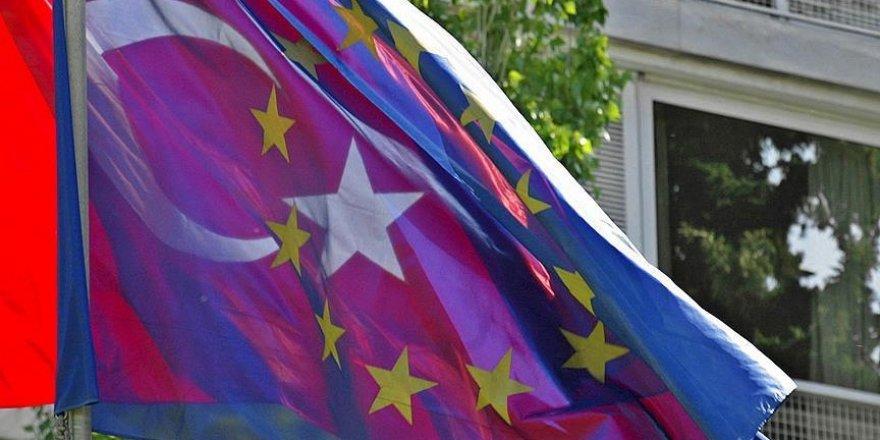 AB Komisyonu, Türkiye'yi Ortadoğu ve Kuzey Afrika birimine kaydırdı