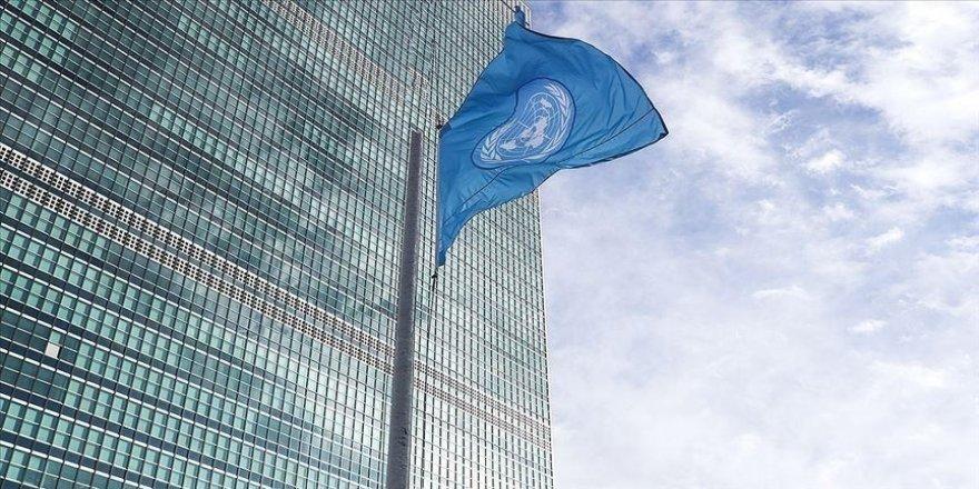 İsrail'e roket atılmasını kınayan BM, Filistinlilerin hayatını kaybettiği hava saldırılarını kınamadı