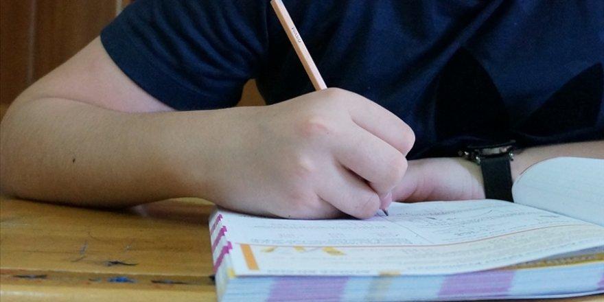 Hazırlık 9, 10 ve 11. sınıflara ikinci dönem sınavlarına katılıp katılmamada tercih hakkı sunulacak
