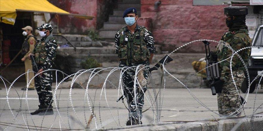 Pakistan ile Hindistan arasında barış Keşmir meselesinde düğümleniyor