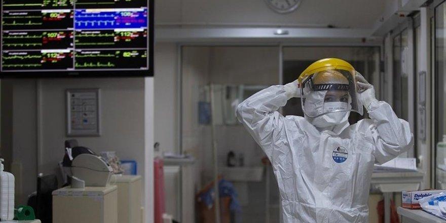 Türkiye'de 26 bin 476 kişinin Kovid-19 testi pozitif çıktı, 356 kişi hayatını kaybetti