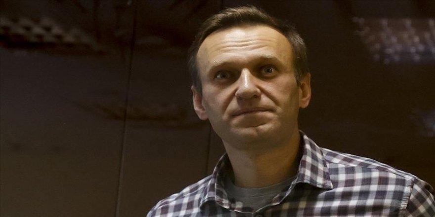Putin'in muhalif Navalnıy, kendisine Kur'an vermeyen hapishane yönetimini mahkemeye verdi