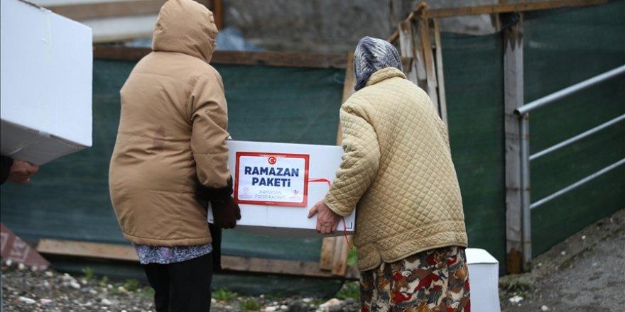 Türkiye Diyanet Vakfı, Çad'da Osmanlı torunlarına ramazan yardımı ulaştırdı