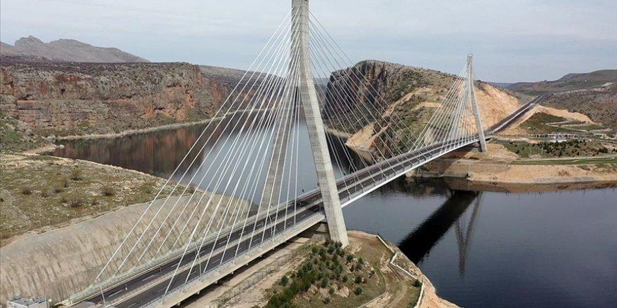 Nissibi Köprüsü, yılda 26,3 milyon lira akaryakıt tasarrufu sağladı
