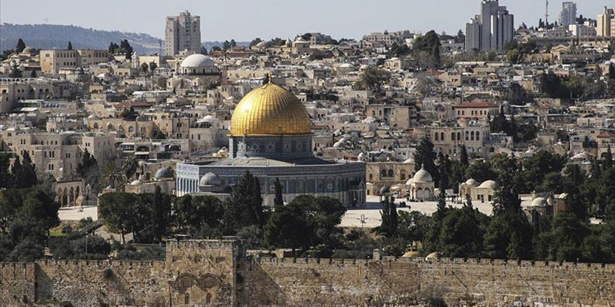UNESCO, Kudüs'ün dokusunu değiştirmeyi amaçlayan İsrail'e karşı çıktı