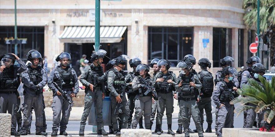 İşgalci İsrail polisi, Filistinlilere saldırdı