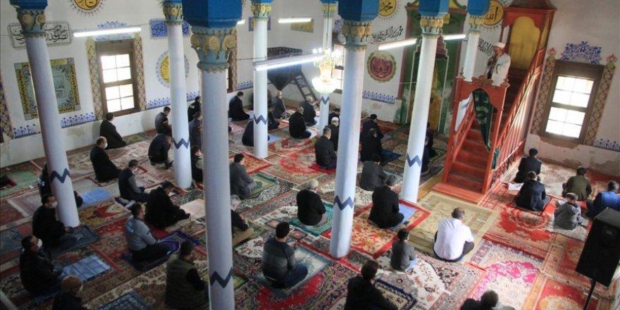 Denizli'de antik kent içindeki Tarihi Cevher Paşa Camisi yeniden ibadete açıldı