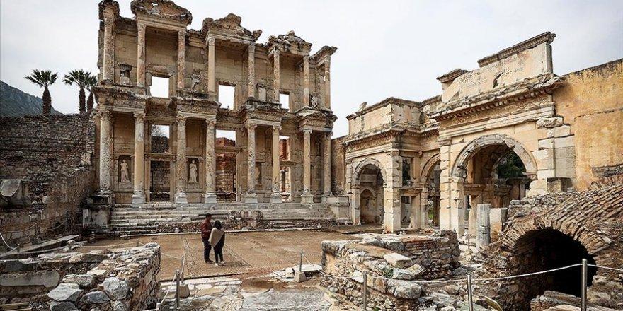 Ege'nin görkemli antik kentleri: Efes, Laodikya ve Afrodisyas