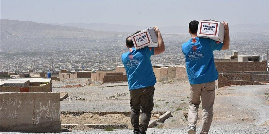 Türkiye Diyanet Vakfı personeli zor şartlara rağmen bağışçıların emanetini mazlumlara ulaştırıyor