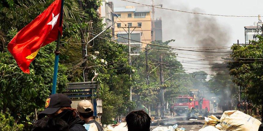 Myanmar ordusu iki bölgede etnik azınlıklara hava saldırısı düzenledi