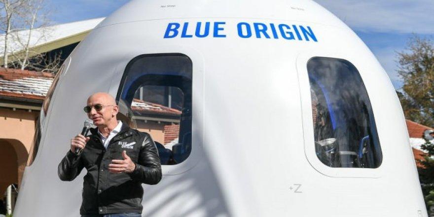 Jeff Bezos uzay biletini açık artırmaya çıkarıyor