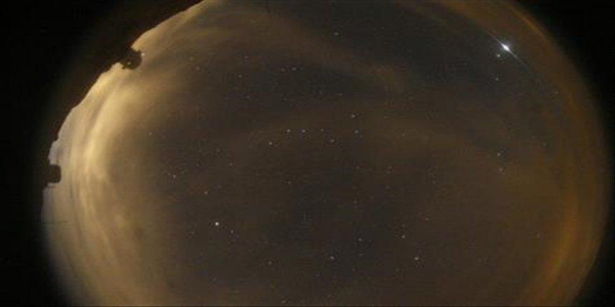 Gökyüzündeki parlama Starlink Leo Uyduları'nın geçişinden kaynaklandı