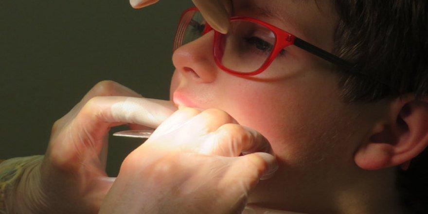 Çocuklarda diş çürükleri farklı sebeplerden kaynaklanıyor