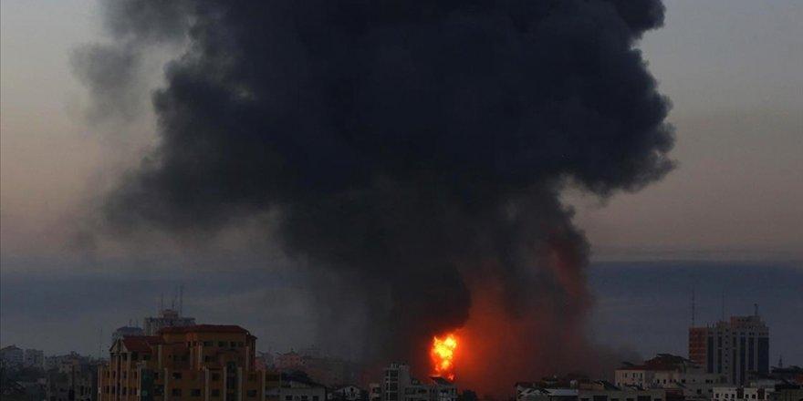Katil İsrail'in Gazze'ye saldırıları sürüyor: Şehit sayısı 48'e yükseldi