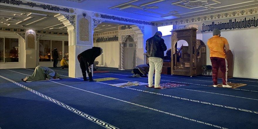 Fransa'da Müslümanlara ait 89 ibadet yeri izleniyor
