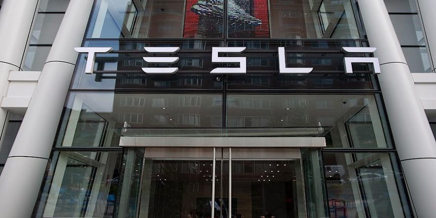 Tesla, çevresel endişeleri gerekçe göstererek araç satışlarında Bitcoin ile ödemeyi askıya aldı