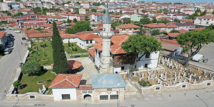 Vakıf eserlerinin süslediği Edirne'de emanetleri geleceğe taşımak için çalışmalar sürüyor