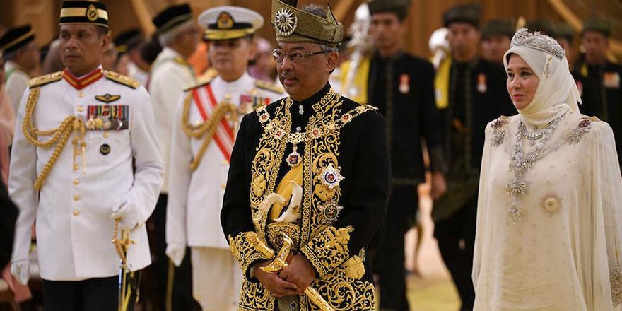Malezya Kralı, halkı Filistin için hacet namazına çağırdı