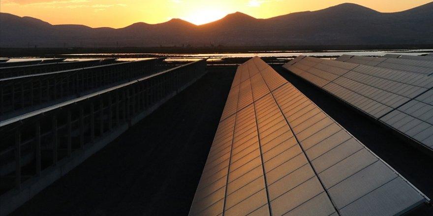 Güneş ve rüzgar nimeti, küresel enerji ihtiyacının 50 katını karşılayabiliyor