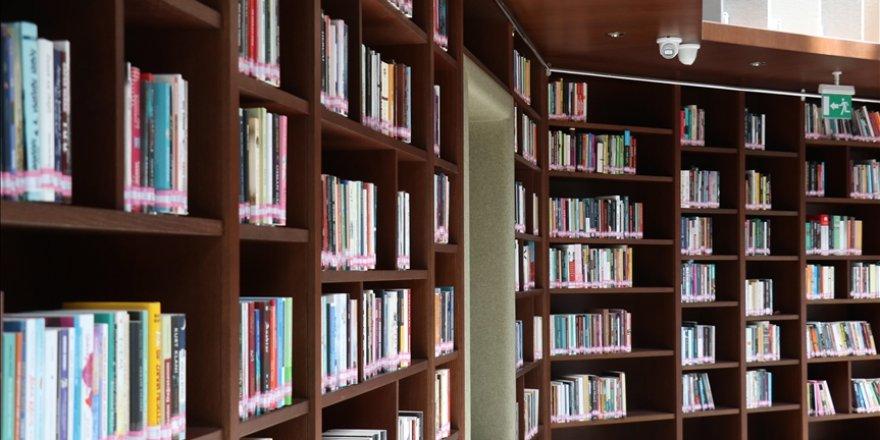 Satın alınıp okunmayan kitaplar kişilerde psikolojik baskıya neden oluyor