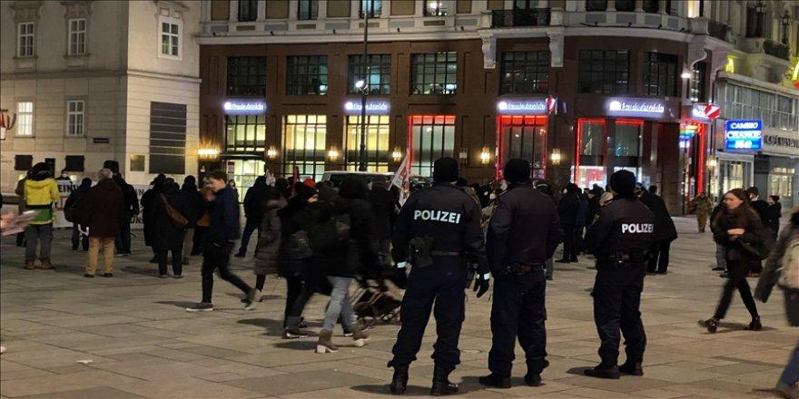 Avusturya'da Müslüman karşıtlığı devlet politikasına dönüştü