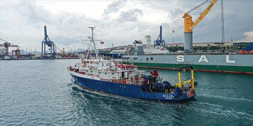 ODTÜ araştırma gemisi 'Bilim-2' Marmara Deniz'nde müsilaj takibinde