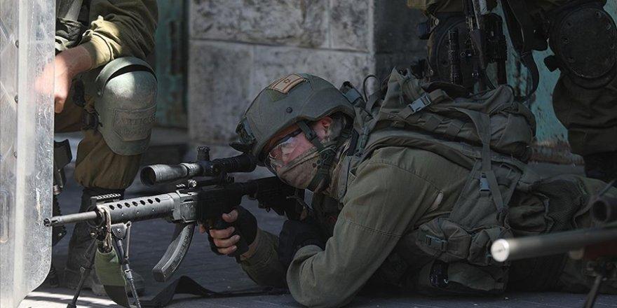 İşgalci İsrail askerlerinin yaraladığı Filistinli çocuk vefat etti