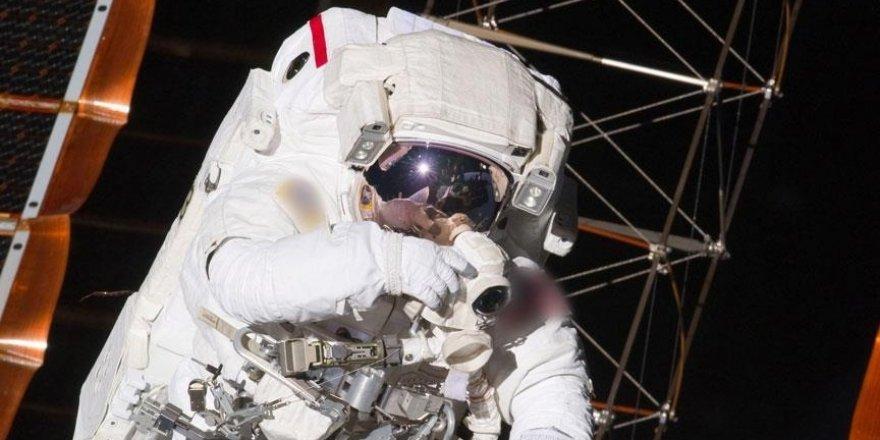 Çin, kurmakta olduğu uzay istasyonuna ilk astronot ekibini gönderdi