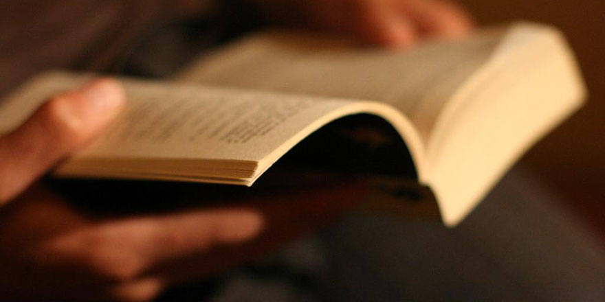 Günde yarım saat kitap okuyarak YKS'yi kolay kazanırsınız