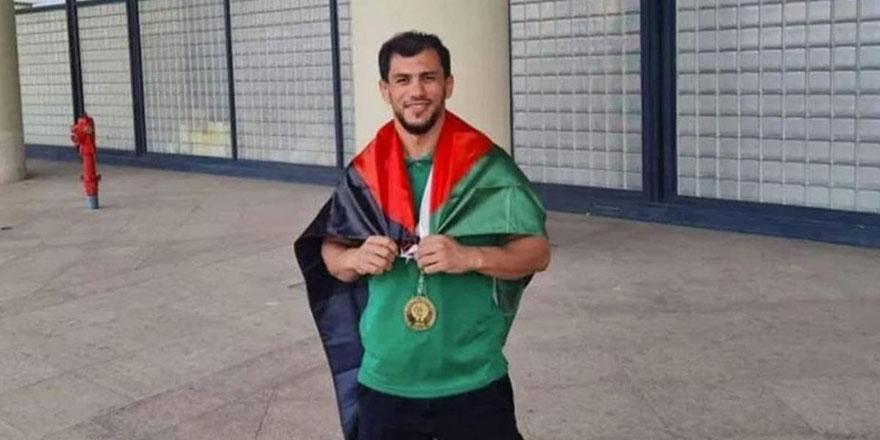Cezayirli judocu Fethi Nourine İsrail'i protesto için olimpiyatlardan çekildi