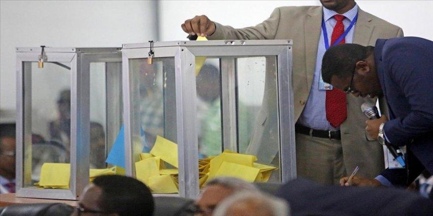 Somali'de uzun süredir ertelenen seçimler başladı