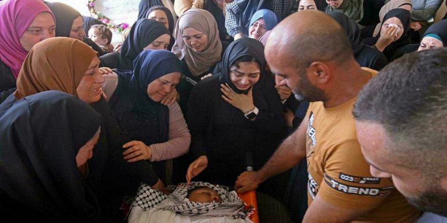 İşgalci İsrail askerlerinin vurduğu 12 yaşındaki Filistinli çocuk şehit oldu