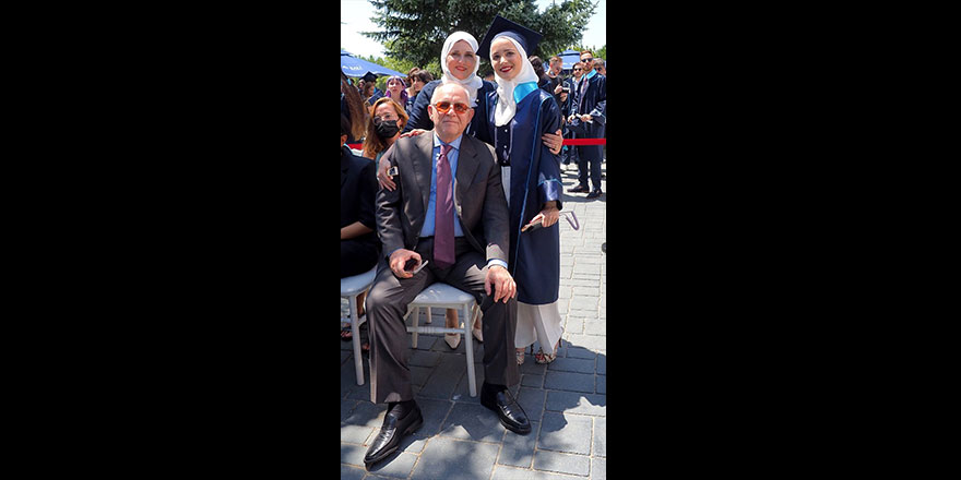 Maşallah! Suriyeli Yasmin, Türkiye'de üniversiteyi birincilikle bitirdi