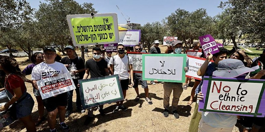 İsrail mahkemesi Kudüs'te Filistinli ailelerin evlerinden atılmasıyla ilgili kararı yine erteledi