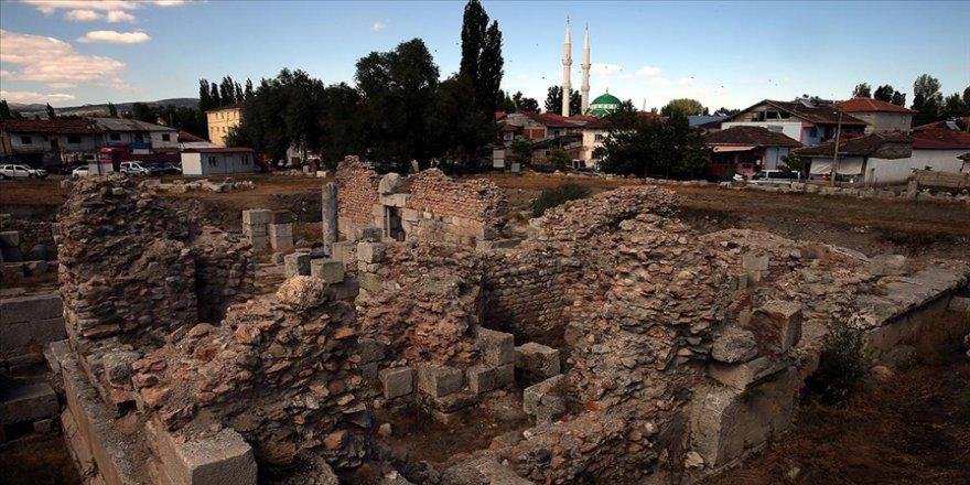 Sebastapolis Antik Kenti üzerine kurulu Tokat'ın Sulusaray ilçesi taşınıyor