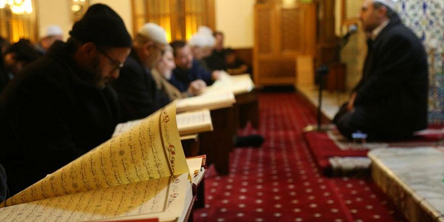 Kur'an dinlerken dikkat edilmesi gereken çok önemli husus