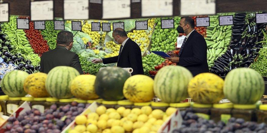 5 büyük zincir markette fiyatların denetimi için ticaret müfettişleri görevlendirildi