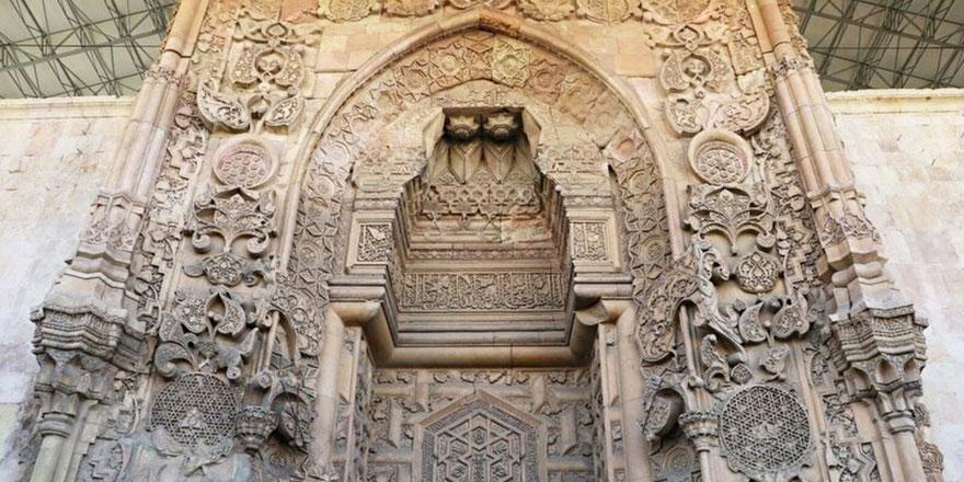 Divriği Ulucami'ndeki özellik dünyada başka bir camide yok