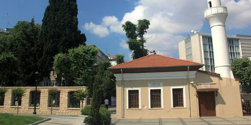 İstanbul'daki bu caminin adını söylemek çok zor