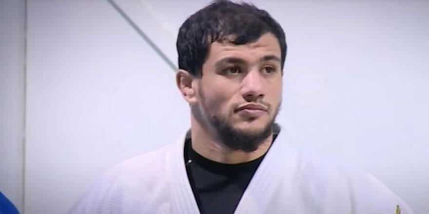 İsrailli rakibiyle eşleşmek istemeyen Cezayirli judocuya ceza verildi!