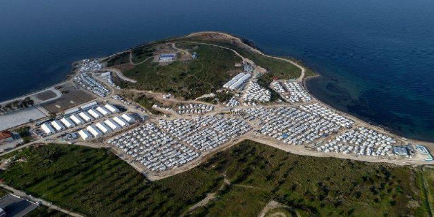 Tepki gösterilen sığınmacı cezaevi-kampı Sisam Adası'nda açıldı